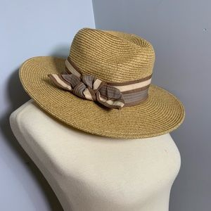 Something Special sun hat with ribbon
